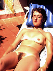 Bitch wife jennene just enjoys to position nude in the sun as shes sunbathing