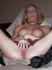 Hot fetish mom finger fuckin her wet snatch.