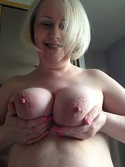 Big titted mamma want to be famous!