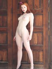 Pale redhead mother