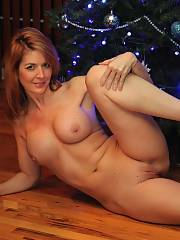 Amazing redhead mature in a cool rookie picture
