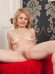 Isabella Classy