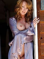 Awesome milf