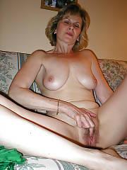 Sexy wifey brenda wanking pussy