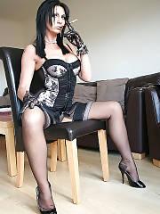 Deanna deville hot