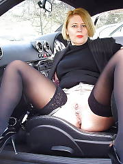 Hot blondie mother with nice titties.