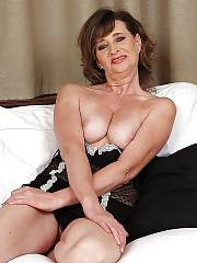 Sexy mature mother