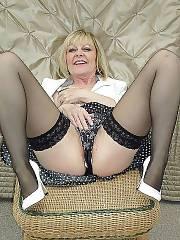Mother in nylon