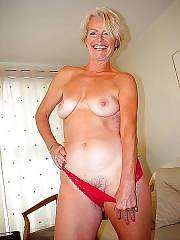 Very sexy mature, lives in florida. ive never seen a xxx scene with her, i think she only does nude shoots alone.