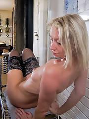 Margot Polish wifey bitch wanking with red dildo