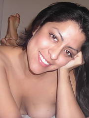 More selfpics of this ex latina girlfriend!  she had the body of a goddess and worshiped the ground i walked on