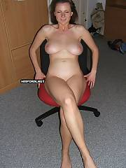 Nice middle aged wifey showing her sweet ass, legs, sexy feet and big big natural titties, watch her juicy twat wishing to drill so much, as well