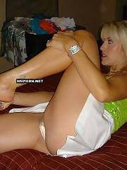 Blonde mature cougar does not mind to fuck anytime