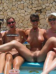 Amateur group nude