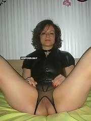 Sexy mature wifey