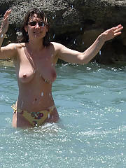 I love undress my 37 yo wifey at the beach and shooting her gorgeous body