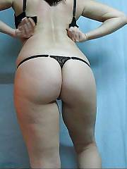 MILF oof 2 and a goverment employee who earns enough but i penetrate her with out her hubby knowing
