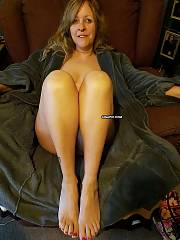 Sexual mature wifey exposing you her goods