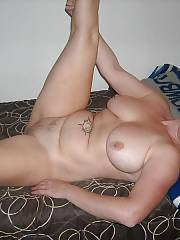 Sexy sexy mom showing