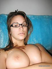 Sexy amateur busty ex exposing her sweet and sexy body.