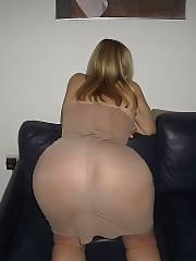 Horny sexwife sucking prick