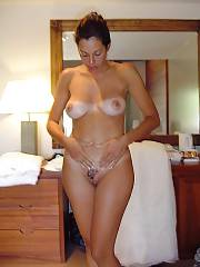 Hot exotic mature exposing her hot body.