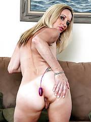 Sexy mature blond