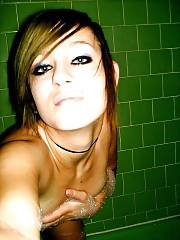 Amateur emo girlie helena enjoys nude selfshot on tub.