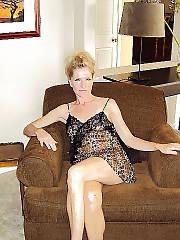 MILF wifey in underwear