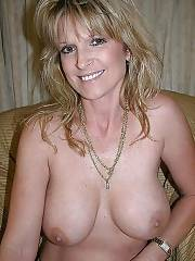 Hot nude mature on cam