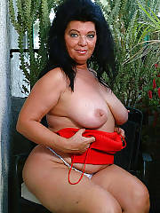 Busty fat mamma