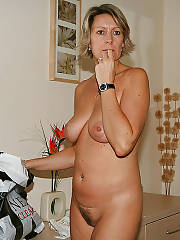 Ingrid hot mature mom from gb.