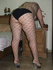 My mamma wifey in high heels, likes to fuck...and likes playing with toys.  sometimes i sit in the next room and jerk myself while she jerks