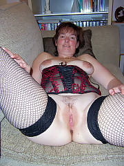 Greatest mamma in a corset, shes so damn sexy i really want an older lady sometime