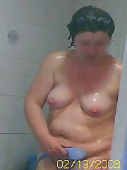 Chubby shower bunny