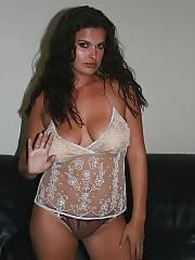 Hot brunette wifey showing her massive boobies.