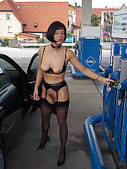 Black haired mamma getting naked on hi-way.