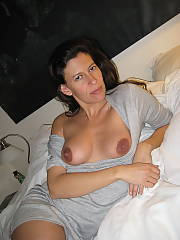 A sexy brunete
