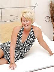 Hot blondie mature in nylon stockings