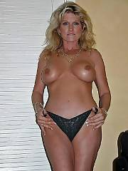 Hot nude mature