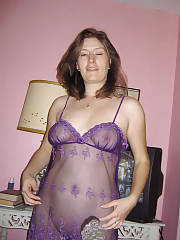 My hot auntie on her sexy purple lingerie.