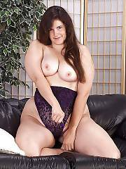 Sexy chubby mamma