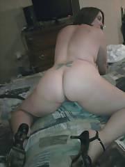 Naked curvy mom having joy at home.