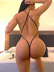 Sexy MILF butt