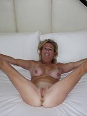 Amazing novice vagina photo with a pretty blond mom