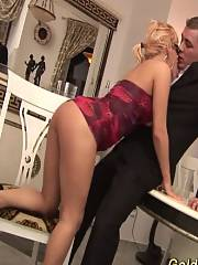 Busty stepmom gets deep fistet