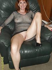 Beautiful redhead mommy in a awesome novice picture