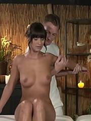 Tanned mamma spunked