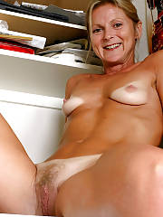 Pic with sexy MILF