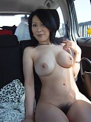 Chinese juicy mom